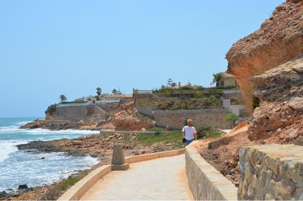 Paseo bordeando Cabo Roig