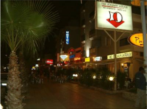 strip de Cabo Roig