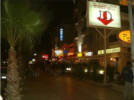 Strip de Cabo Roig 2