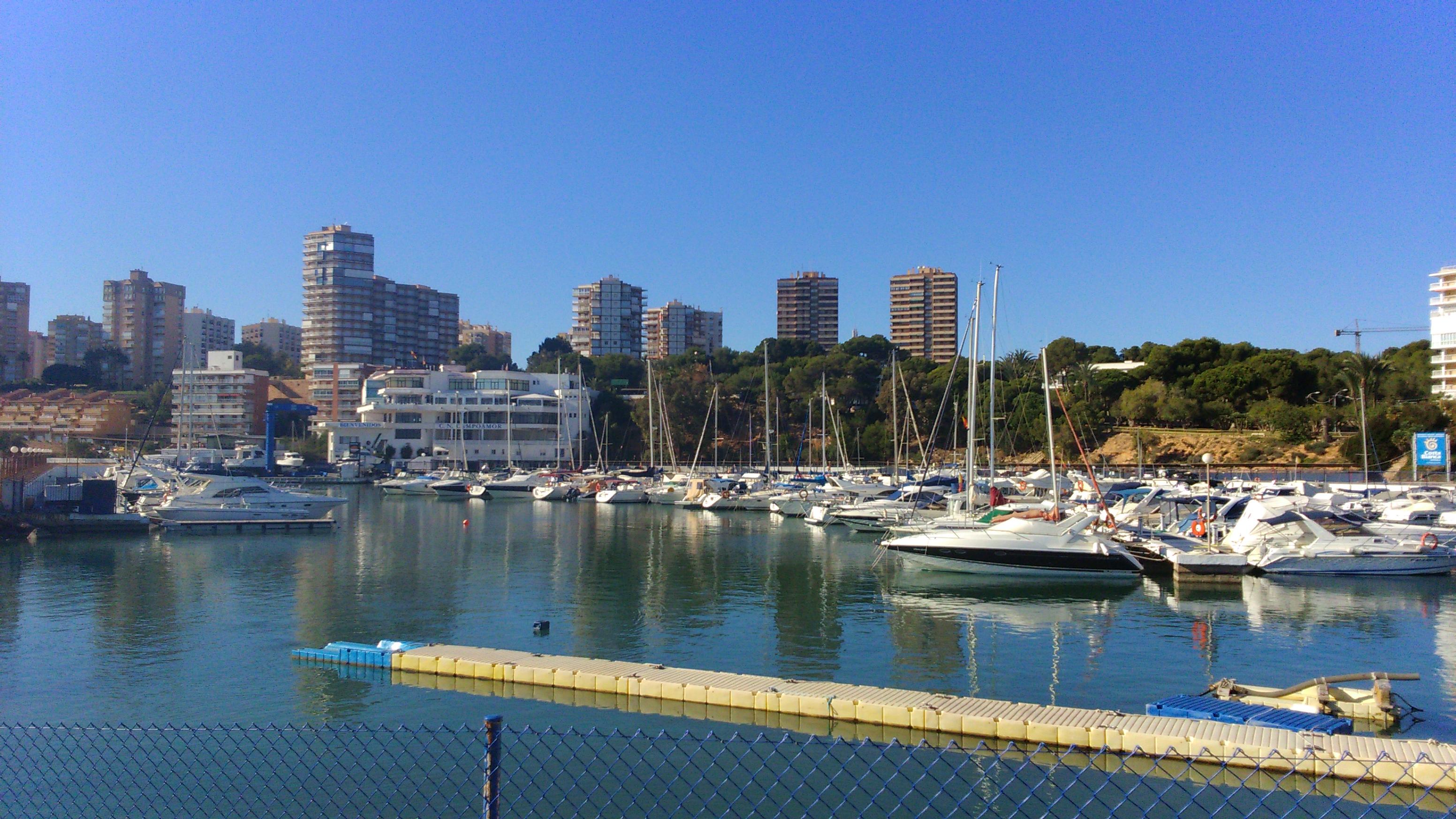 La dehesa de campoamor caboroigblog - Cines puerto deportivo getxo ...