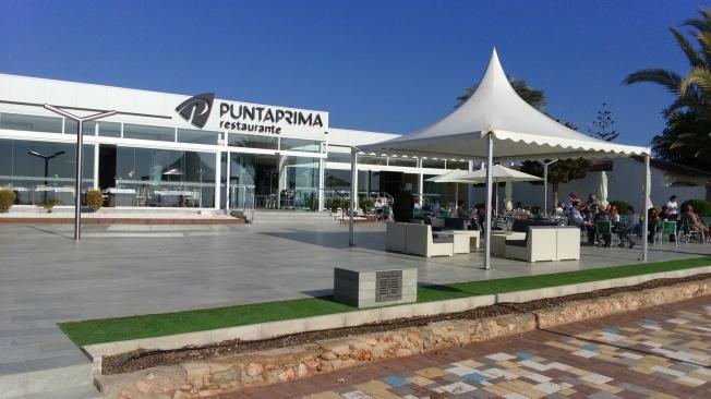 restaurante punta prima en primera linea de mar