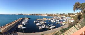 vista panoramica del puerto deportivo de cabo roig