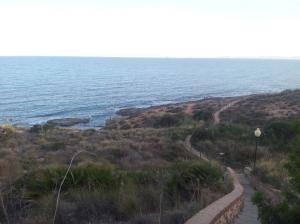 Paseo por la playa fósil en Cabo Roig