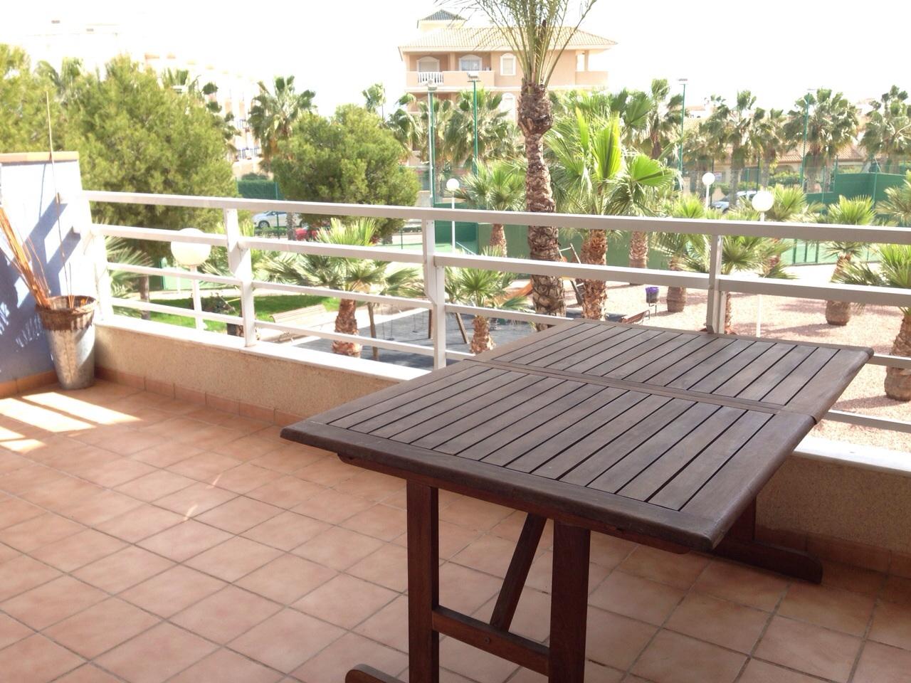 Apt 2 planta 1 con terraza caboroigblog for Terrazas bonitas