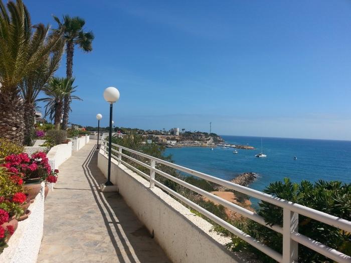 Paseo nuevo de 30 metros hacia la Playa de CAbo Roig