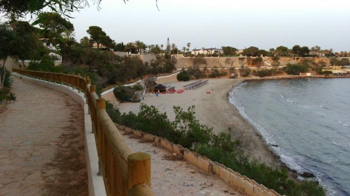 reformas en los accesos a playa cabo roig