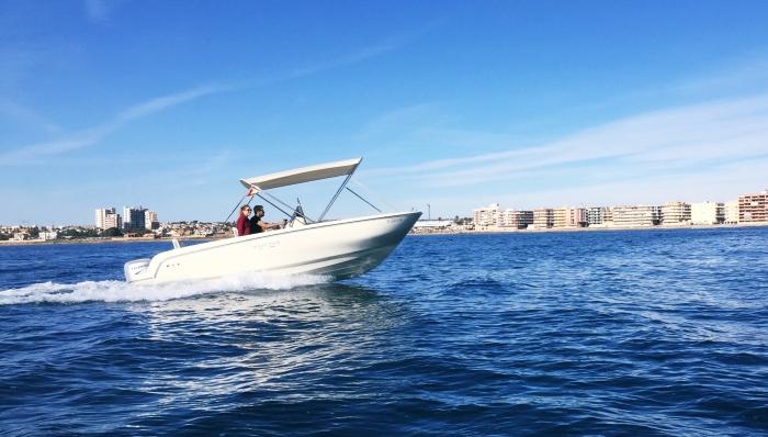 Barco pequeño alquilar en Cabo ROig o La Zenia
