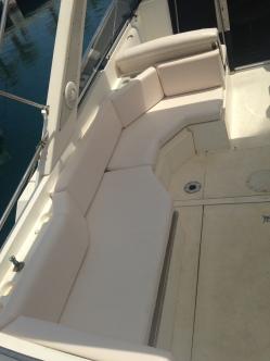 Detalle alquiler de barco en Cabo Roig 10 metros